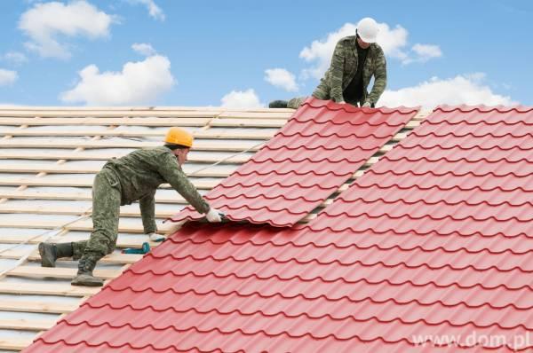 Czym pokryć dach domu