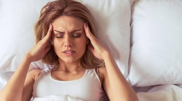 Ból głowy rano. Przyczyny