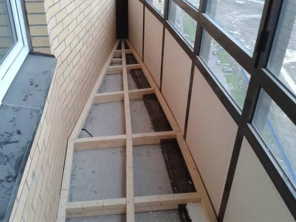 Jak podnieść podłogę na balkonie i loggii?