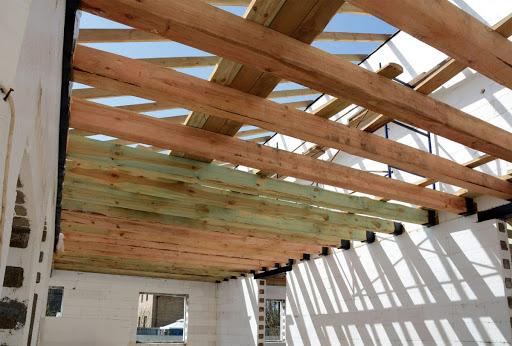 Jak zrobić drewniany strop